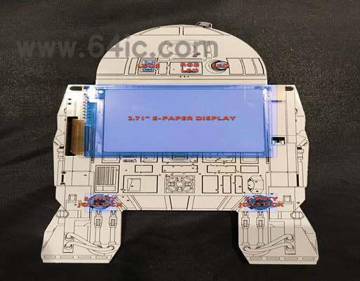 如何用电子纸显示器制造低功率R2-D2机器人徽章?